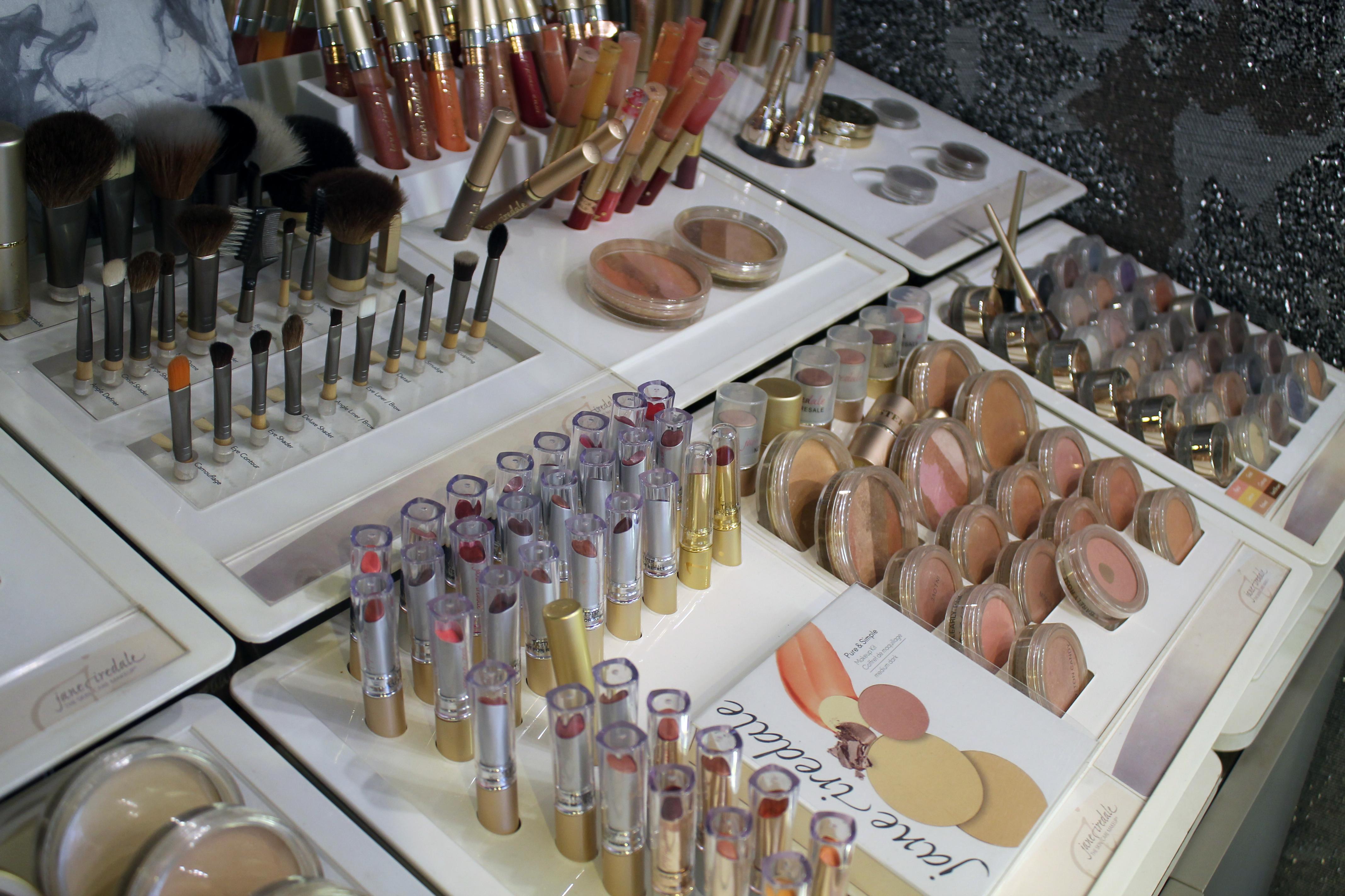 makeupset2